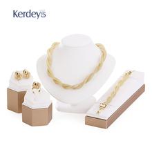 prsten, mindjuse, ogrlica u setu , ženski nakit