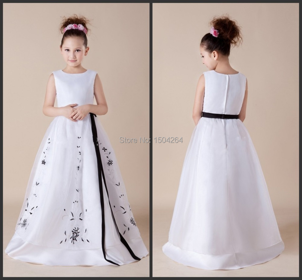 New arrival style black and white floor length flower