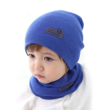5 Colors! Retail Children Hedging Cap + Scarf Suit Leather Standard Solid Color Candy-Colored Cnit Hats Newsboy Caps Baby Hat(China (Mainland))