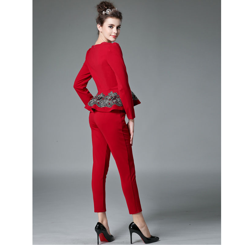 Style your look with elegant women's workwear. Smart office wear dresses, trousers and suits make up your weekday wardrobe. Next day delivery and free returns available. With silhouette flattering dresses and tailored suits and trousers, our designs in white, navy, floral and stripes offer a smart finish. Inject a bold look with red and.