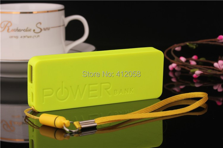 Newest 100 pcs Ultra-thin 5600mah perfume polymer mobile power bank general charger external backup battery pack free usb cable(China (Mainland))