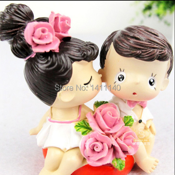 kissing couple bride and groom wedding Cake Topper figurines Wedding Party Cake Decoration wedding gifts favors free shipping(China (Mainland))