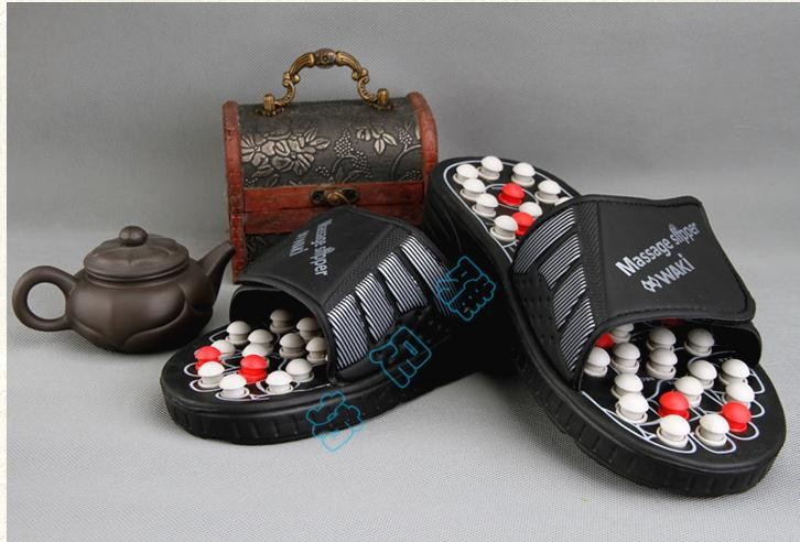 Spring, summer, plantar acupoint massage health care keeping in good health slippers Tai  rotating foot care tools  Spring, summer, plantar acupoint massage health care keeping in good health slippers Tai  rotating foot care tools