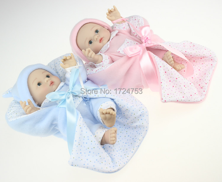 Здесь можно купить  High quality cute10 Inch silicone Tiny Baby Dolls Realistic Baby Dolls Lifelike Little Baby Dolls Toy With Clothes Free Shipping  Игрушки и Хобби