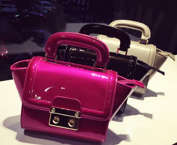 2015 New Beach Bags Women's Fashion Bag Patent Leather Shoulder Messenger Bags Bat Style Designer Handbags Tote Purse Bags(China (Mainland))