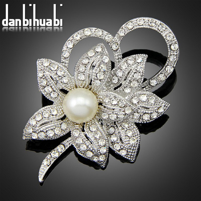 2014 Nest wedding flower pearl brooch Clothes pins accessories(China (Mainland))