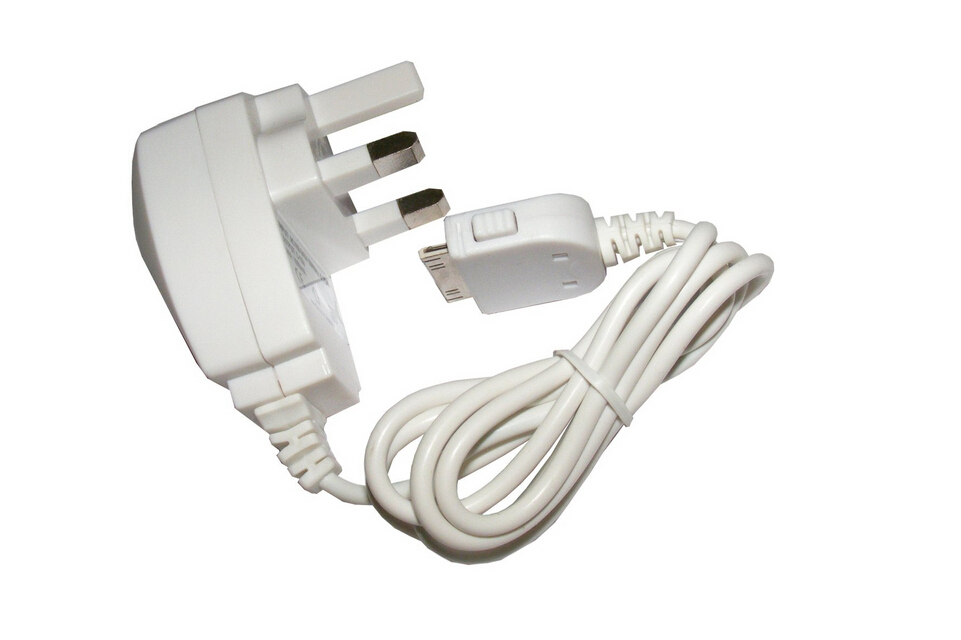 New Mains Charger for iPod iPhone Free Shipping High Quality Wholesale Price(China (Mainland))