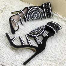 Siyah Pullu Kristal Sandalet Kadınlar Seksi ipe dizili inci Ayak Bileği Sandalet Çizmeler Peep Toe Cut Çıkışları Ince Yüksek Topuklu Zapatos De Mujer(China)