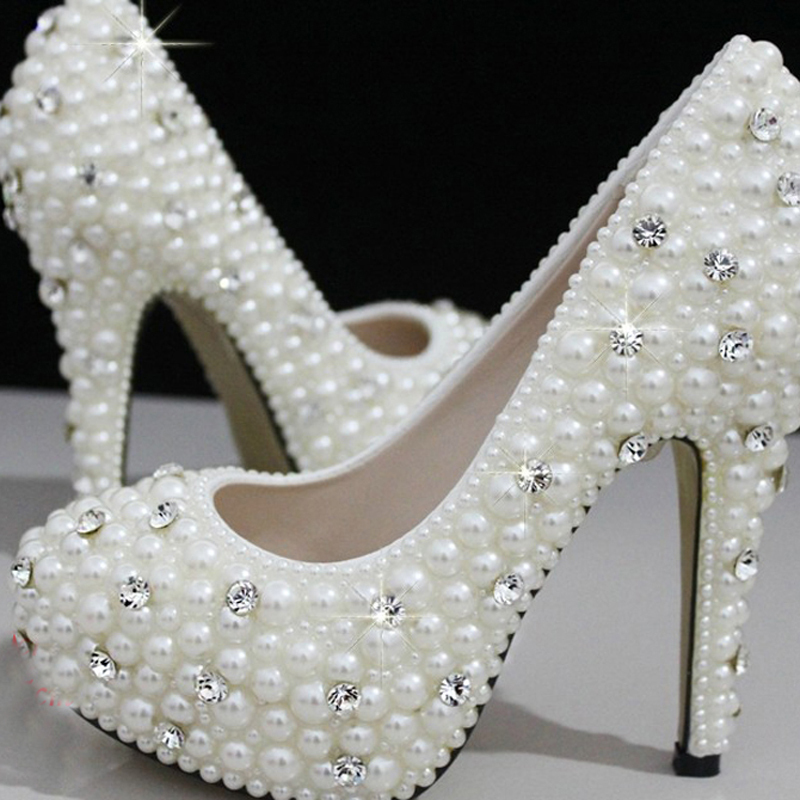 Фотография 2015 Gorgeous Fashion Shoes for wedding ceremony luxury Imitation Pearl Wedding Bridal Shoes For Women 2 Inches Heels lady shoes