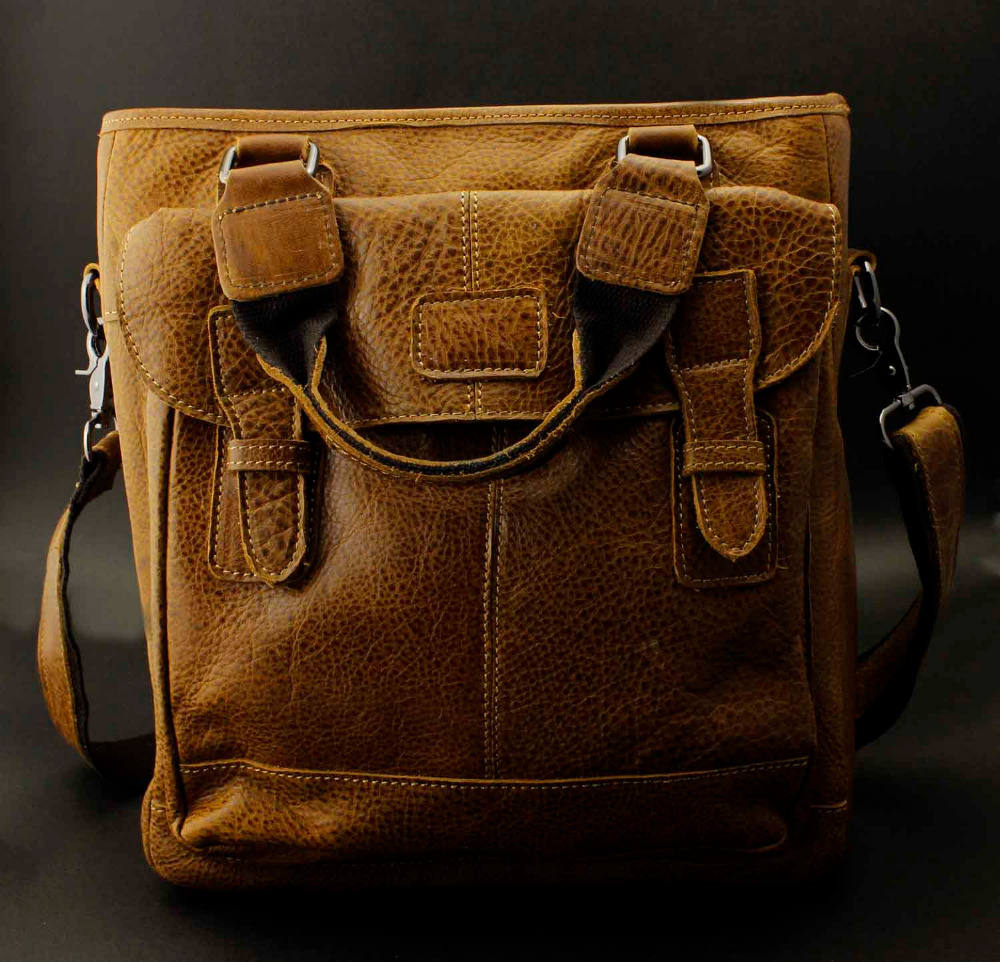 Mens Real Genuine Leather Vintage satchel Shoulder Messnger Bag Handbag Brown(China (Mainland))