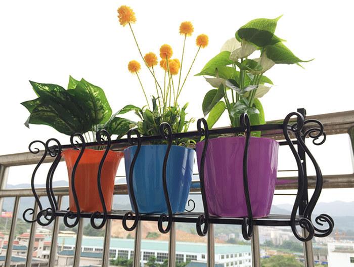 Ideas to organize a small balcony with garden