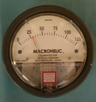 Фотография Micro-micro-differential pressure gauge meter differential 060pa 250pa years warranty