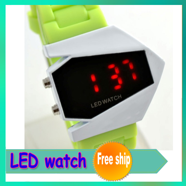 1 pcs Fashion LED digital watch US stealth aircraft fighter aircraft B-2 bomber watch simple led watch(China (Mainland))