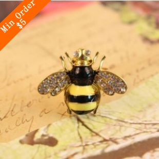 2015 New Fashion Hot Selling Korea Fashion Colorful Bee Ring Wings Fulled Of Clear Simulated Diamond (Golden) R39(China (Mainland))
