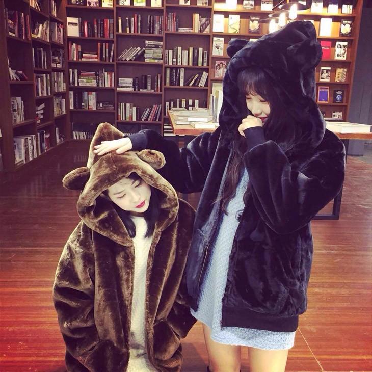 Скидки на Зима Женщины Пальто Новая Мода Куртка С Капюшоном Студент Утолщаются Искусственный Мех Пальто Случайный Большой размер Теплый Хлопок Куртка AB338