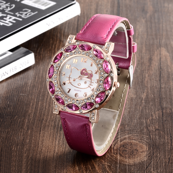 Cartoon Watch New Arrival Lovely Girls Hello Kitty Women Watch Children christmas Fashion Kids Crystal Wrist Watch For Gift.(China (Mainland))