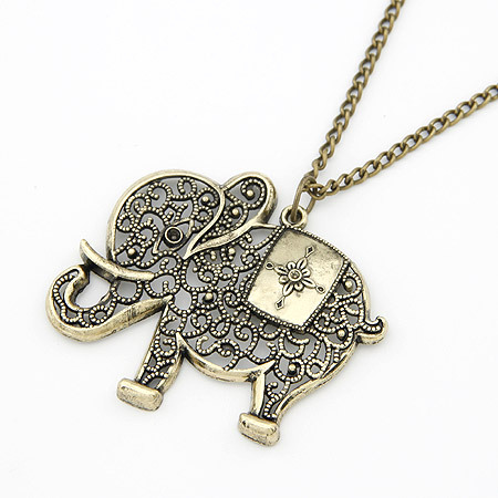 Free Shipping!Wholesale Jewelry Europe and the United States retro personality hollowed elephant Metal Necklace For Women A416