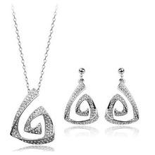 Explosion models 2016 new fashion minimalist temperament piece trinkets goddess full rhinestone necklace + earrings