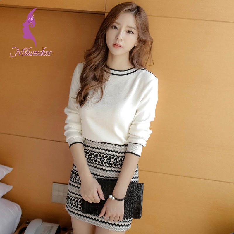 Milwaukee Korean Knitted Women Skirt Set Knitted O-Neck Sweater Top Elastic Waist Skirt Winter Suit Women Set Clothes Wholesale