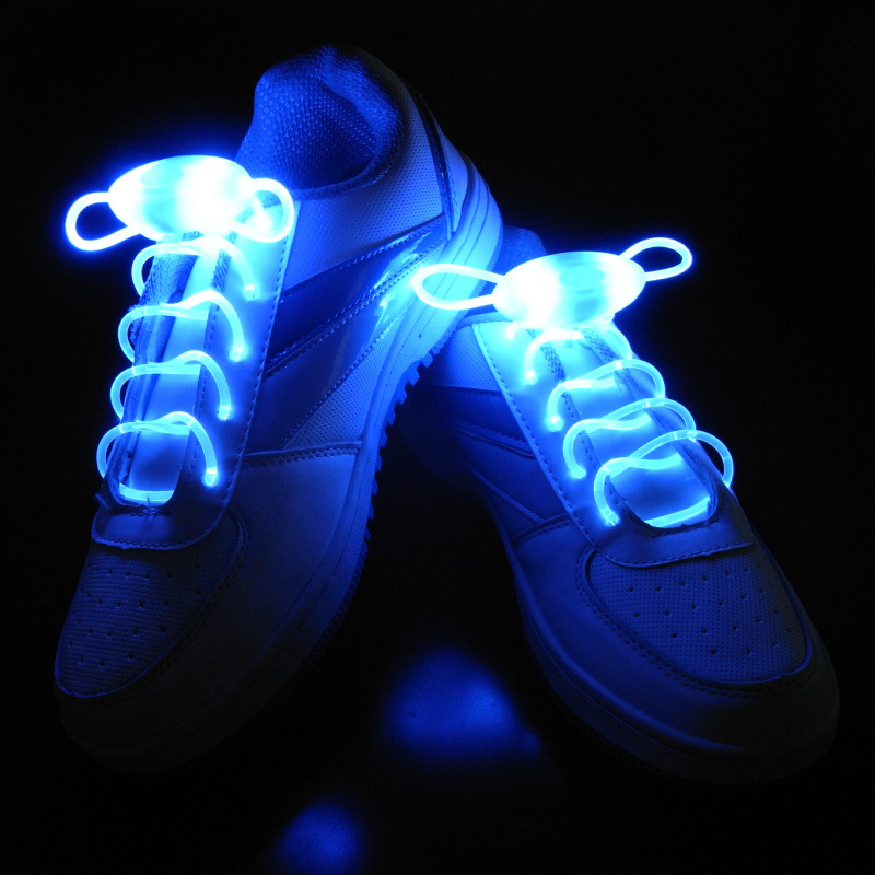Гаджет  2015 New Luminous LED Multicolors Shoelaces Men Women Fashion Light Up Casual Shoe Laces Disco Party Night Glowing Shoe Strings None Обувь