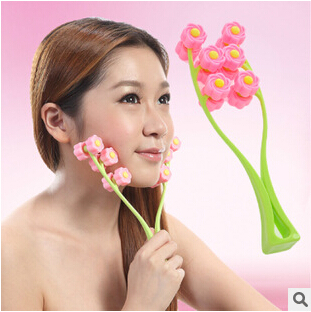 face roller convenient device face-lift Massage & Relaxation face care Y75(China (Mainland))