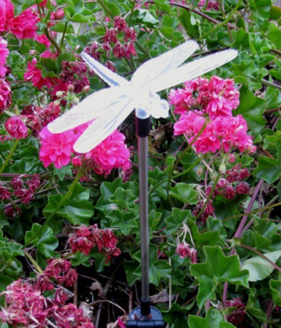 NEW Solar Powered Dragonfly Garden Decoration Stake Yard Color Changing LED light(China (Mainland))