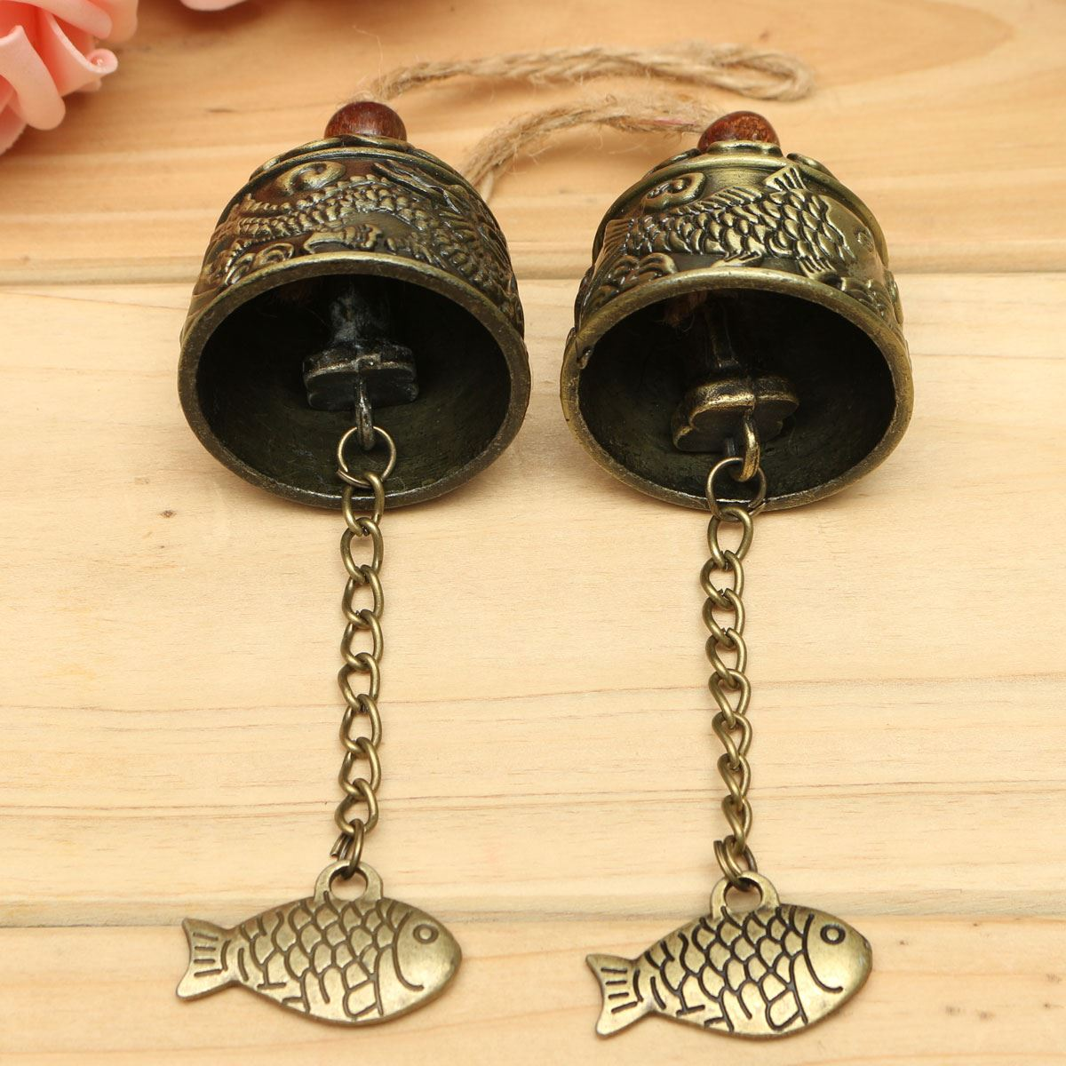 Metal Small Wind Chimes Cool Vintage Dragon Fish Pattern Car Door Bed Hanging Bell Pendant Home Garden Chinese Style Decoration(China (Mainland))