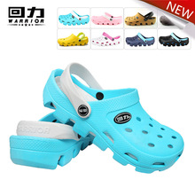Warrior  2016 new summer lady's summer  clogs beach sandals slippers  for men women EVA garden shoes  breathable  hole shoes