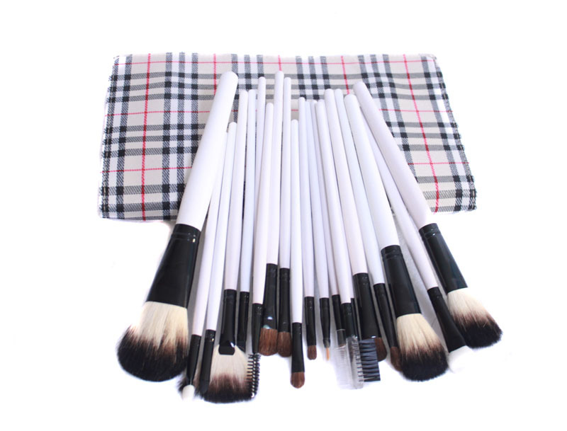Hot maquiagem 20pcs set of brand white makeup brushes professional high quality beauty ornament Kit with Pouch styling tools(China (Mainland))