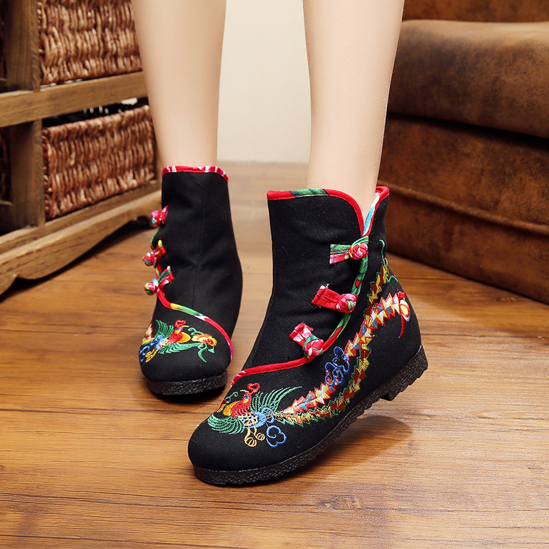New Girl Fashion Boots Chinese Vintage Style Height Increasing peacock Embroidery Cloth Shoes Winter Boots Size 35-40 Black Blue<br><br>Aliexpress