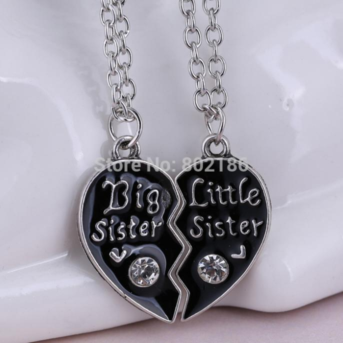 2p Sisters Pendant Necklace Broken Heart Puzzle Jewelry Handstamped Personalized Gifts Charms Couple Necklaces for lover(China (Mainland))