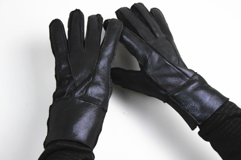 Male sheepskin wool thickening cold proof windproof thermal outdoor ride fur one piece gloves autumn and