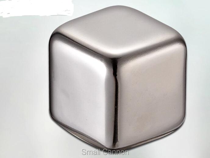 кубики-лёд не тающие для охлаждения напитков фото