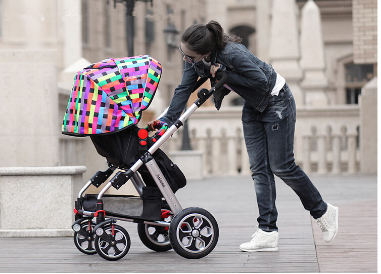 2015 Good baby stroller baby car light folding baby stroller two-way shock absorbers stroller