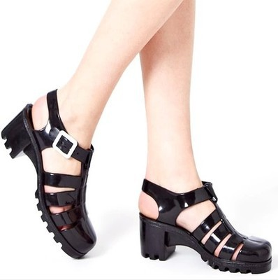 Vintage Style women sandals T shoes with Rome beach jelly shoes(China (Mainland))
