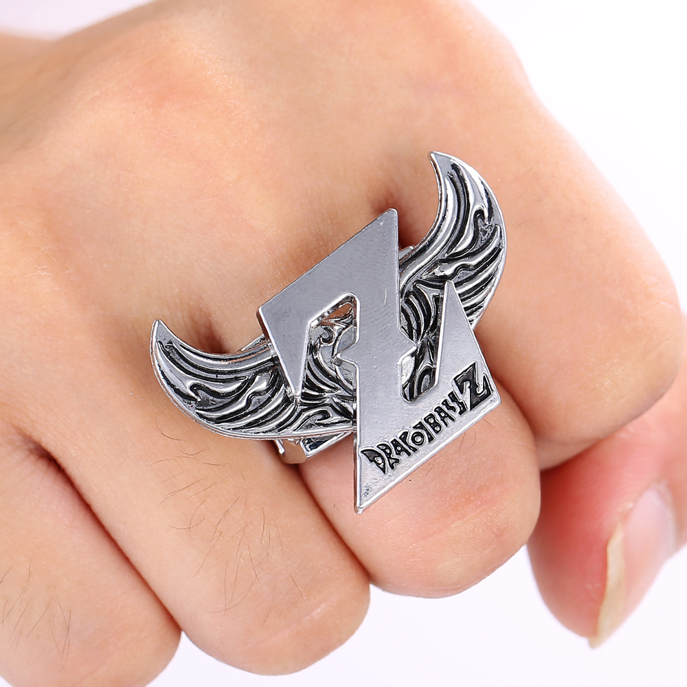 Julie Store Rings Angel Wings Z Logo Rings for Women DRAGON BALL Stainless ring 2017 New Arrived Fashion Men Jewelry Accessories(China (Mainland))