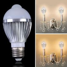 New AC85-265V E27 5W PIR Auto Motion Sensor Detection LED Light Lamp Bulbs free Shipping