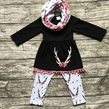 2016 Fall/winter 3 pieces scarf black top baby girls kids OUTFITS reindeer print pant new design hot sell boutique clothes sets(China (Mainland))