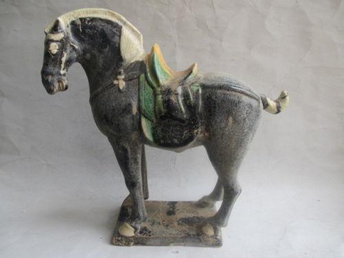 vente en gros en c ramique cheval d 39 excellente qualit de grossistes chinois en c ramique cheval. Black Bedroom Furniture Sets. Home Design Ideas
