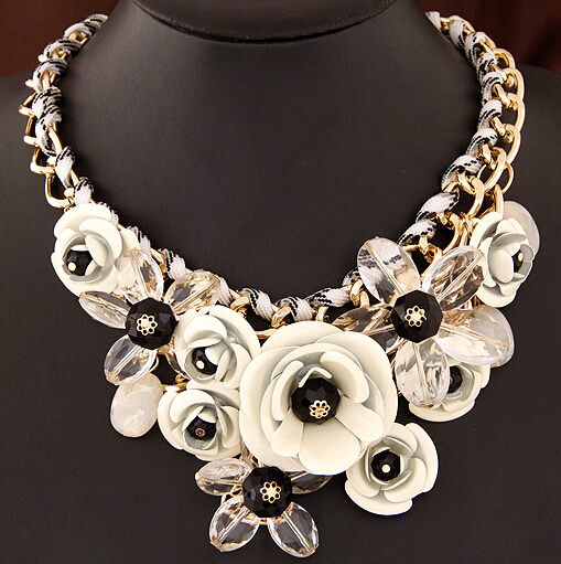 2015 new High Quality wholesale cheap jewelry Fashion 18k gold big handmade luxury flower choker necklace free shipping for $15(China (Mainland))