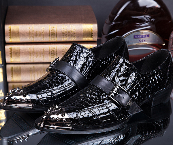 New Fashion Brand patent Leather Pointed Toe rivets Men Oxford England Style black Color Dress Wedding Shoes Drop Shipping(China (Mainland))