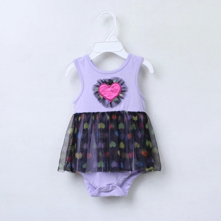Free shipping wholesale baby bodysuit + tutu skirt baby creeper summer sleeveless love heart embroidery(China (Mainland))