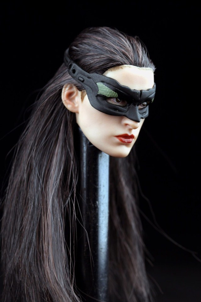 Free shipping 1/6 batman catwoman head carving Anne hathaway black long hair with mask(China (Mainland))