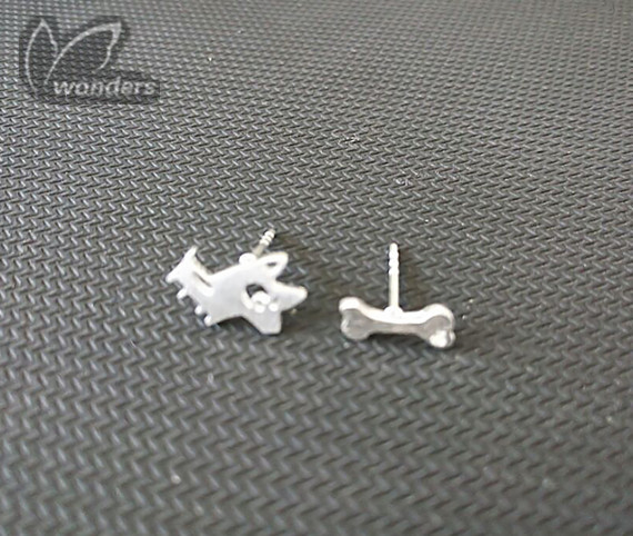 Wholesale 30pairs/lot Minimalist Jewelry Cute Animal Vintage Dog With Bone Mix Match Stud Earrings For Women Best Friend Gift<br><br>Aliexpress