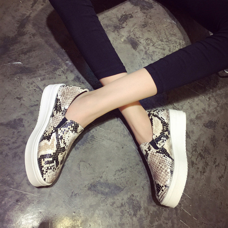 NEW 2016 Brand Women Snakeskin Loafers Flats Shoes Woman Casual Slip on Platform Shoes Ladies Creepers Size 34-40(China (Mainland))