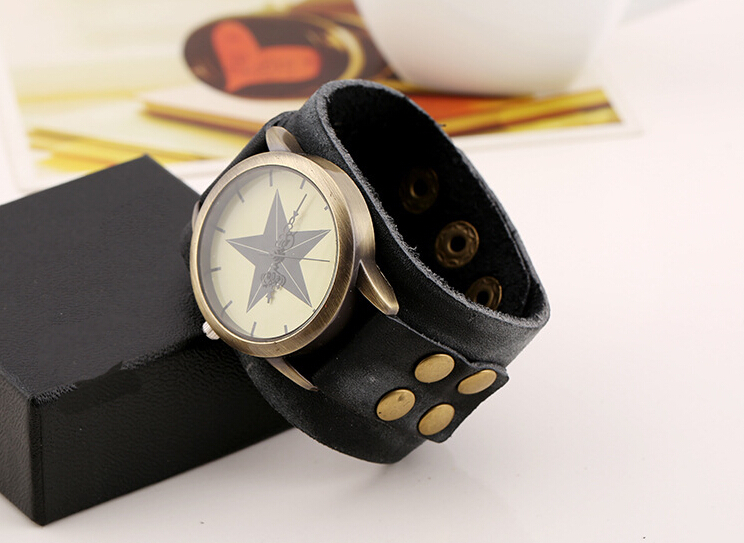 Anime Delicate Rivet Leather Wide Black Strap Casual Round Wrist Watch Bracelet Lovers Best Gift Fashion