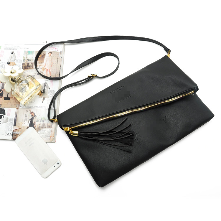 2016 new Paris fashion high quality fashion Tassel black PU leather multi use zipper women envelope