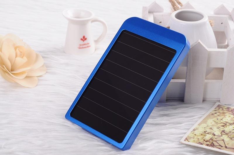 Blue Cargador Solar Charger Power Bank 3000mah Portable Charger Bateria Externa Solar Powerbank Carregador De Bateria Portatil(China (Mainland))