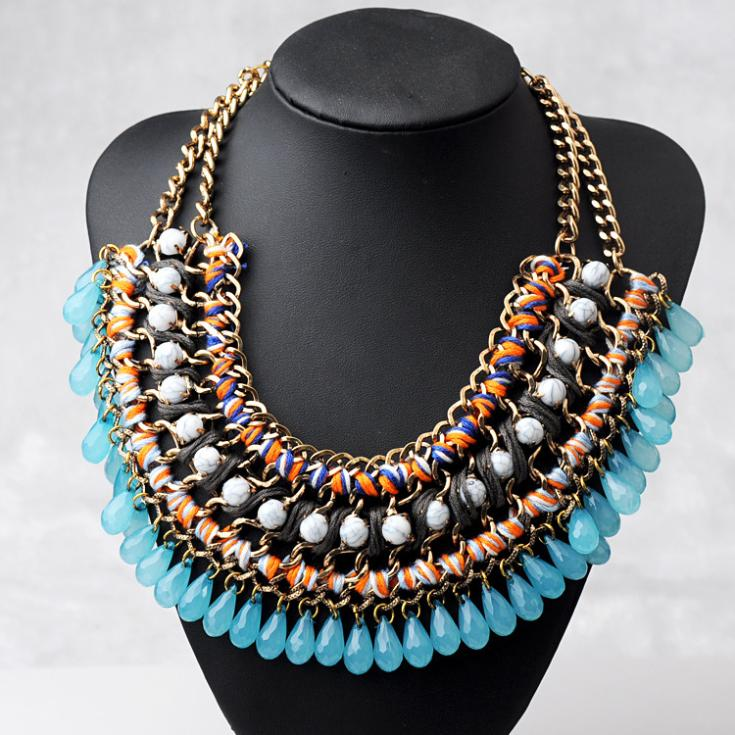 A collared floral necklace can be worn to satisfy this love, and add a touch of glam. It's enough to get customers out of their comfort zone without feeling flashy. Statement necklaces are the most versatile and affordable fashion accessories of the year.