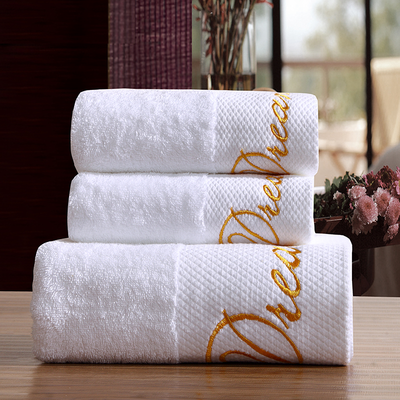 3-Pieces Luxury Embroidered White Hotel Towels 600g Cotton Towel Set Face Towels Bath Towel For Adults Washcloths High Absorbent(China (Mainland))